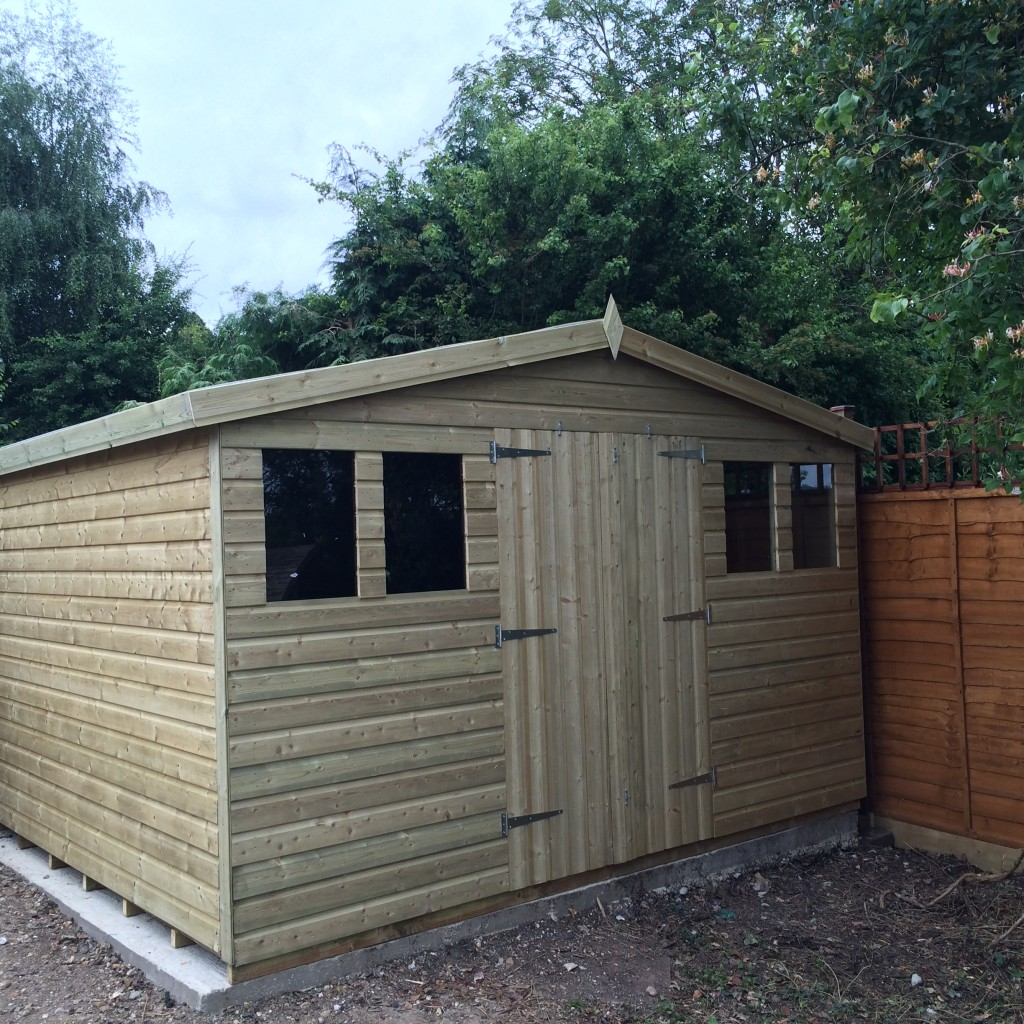 12x8 Ultimate Reverse Apex Summerhouse 19mm West Midlands Sheds & Summerhouses